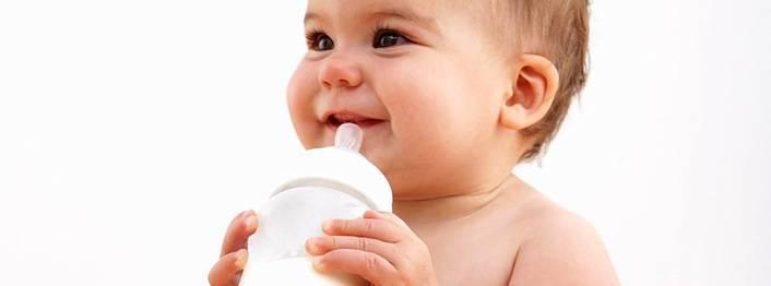 Грудное вскармливание: советы маме, как правильно кормить ребенка грудью