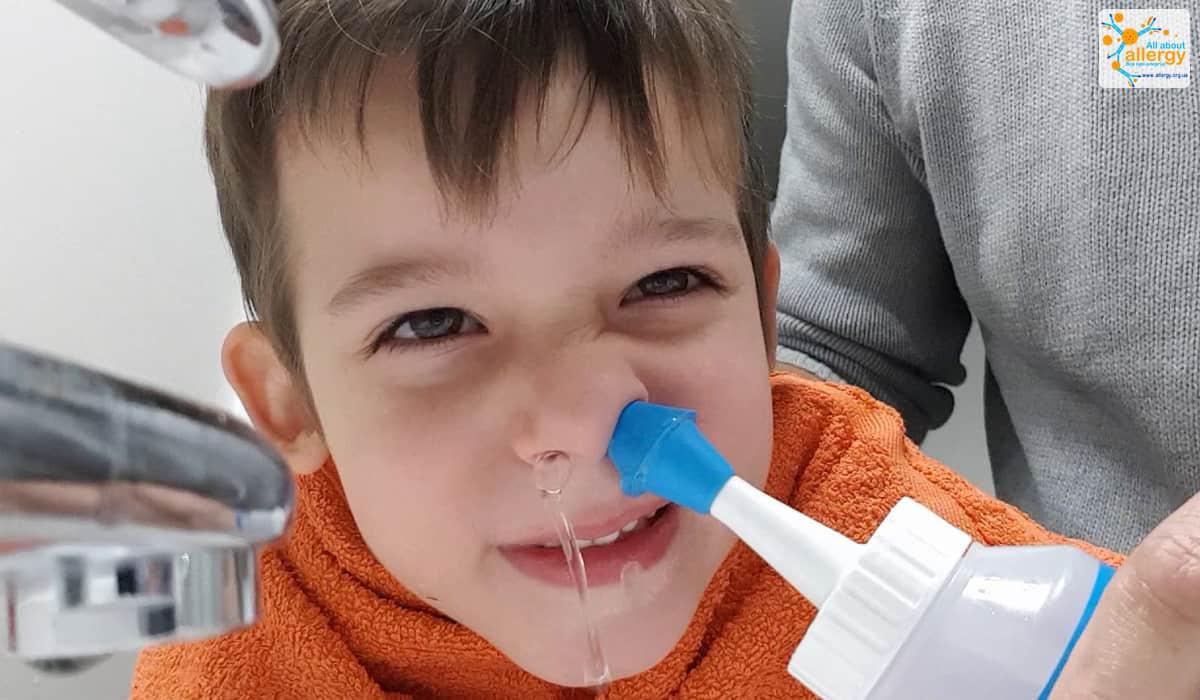 Как успокоить кашель у ребенка 2 лет ночью