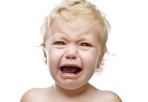Чем помазать ожог у ребенка до года: правила обезболивания