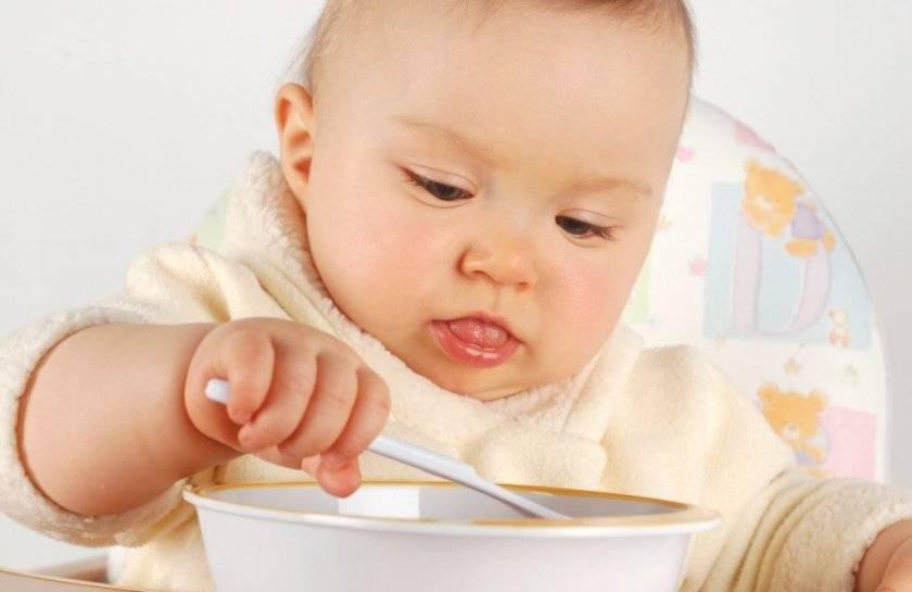 Отвар из овсяных хлопьев для новорожденных. геркулесовый отвар для грудничка: правильно готовим и вводим новый продукт малышу