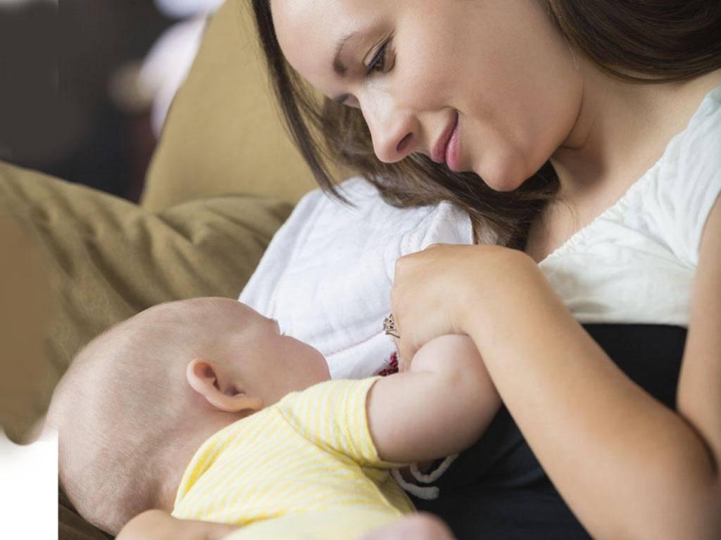 Может ли быть «неправильным» молоко у кормящей мамы
