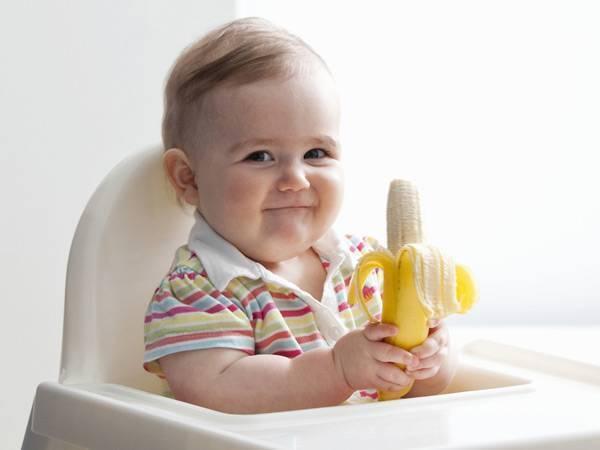 С какого возраста можно давать козье молоко ребенку: польза и вред, для грудных детей, до года