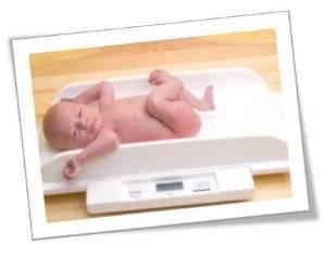 Новорожденный: ест, спит, прибавляет в весе… сколько? прибавка веса новорожденного на грудном вскармливании
