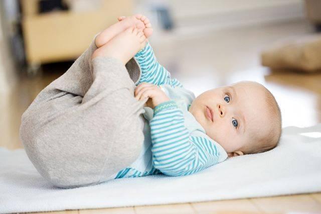 Причины и лечение водянки яичек у новорожденных мальчиков