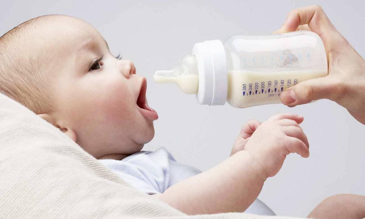 Можно ли перекормить ребенка грудным молоком?