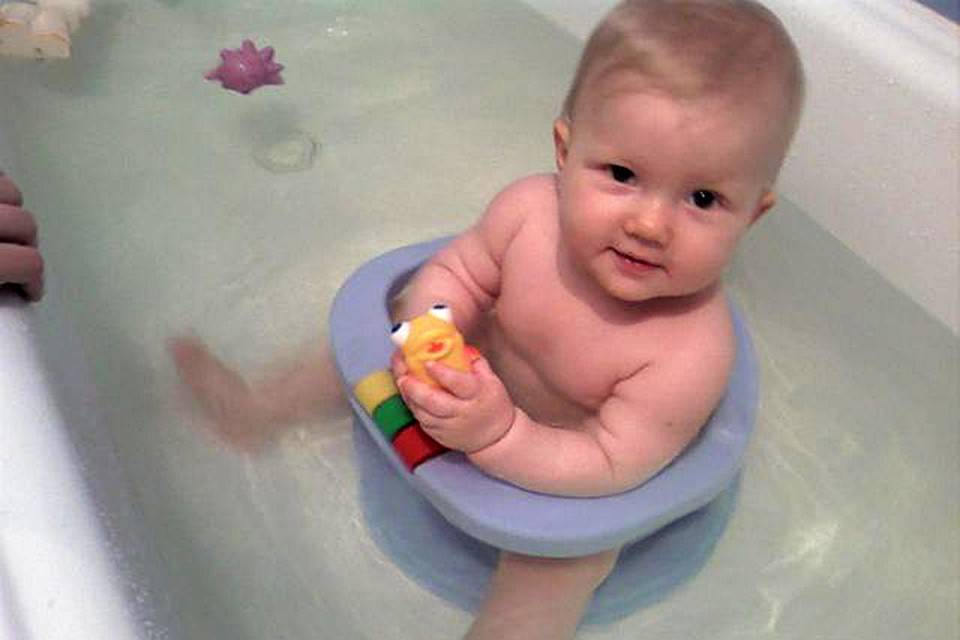 Шапочка для купания новорожденных