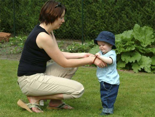 Ребенок ходит на носочках — причины, лечение