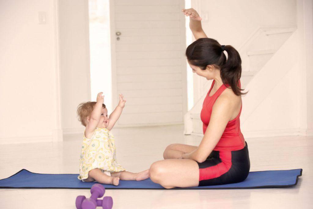 Физическое развитие с рождения – гимнастика для новорожденных