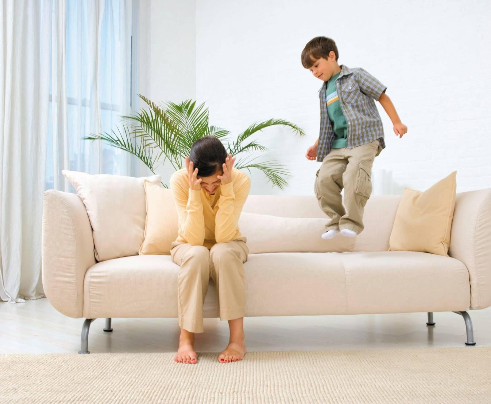 Если у вас гиперактивный ребенок в 2 года: причины, симптомы и рекомендации родителям