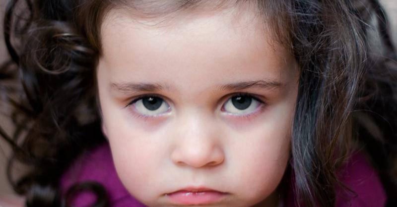 Синяки под глазами у ребенка — что к ним приводит и что они означают