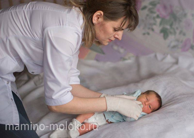 Подушка для кормления грудного ребенка и двойни: какая лучше и как пользоваться / mama66.ru