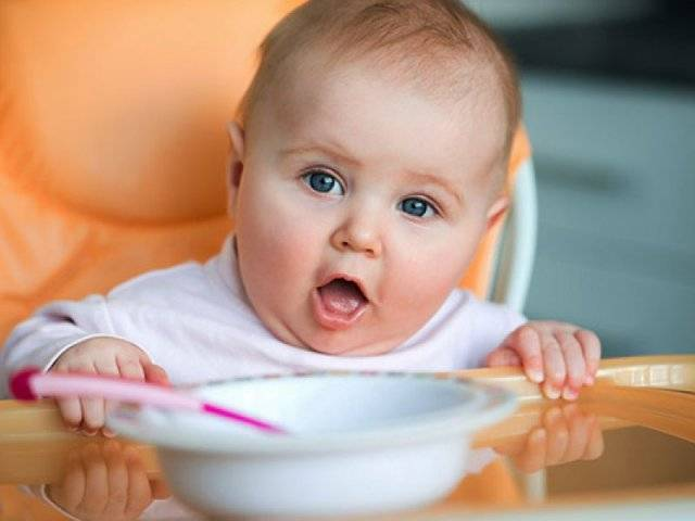 Что можно кушать и пить ребенку в 5 месяцев