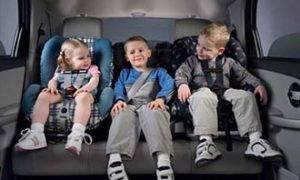 Как возить новорожденного в машине?