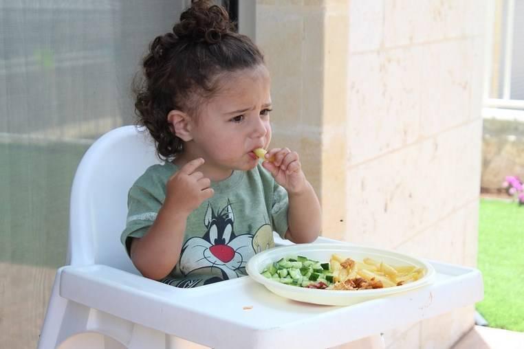 Когда можно давать банан грудному ребенку в прикорм?
