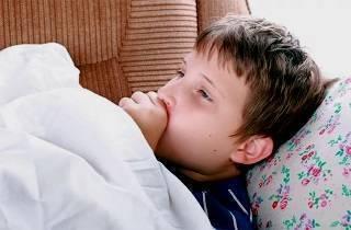 Ребенок кашляет весь день