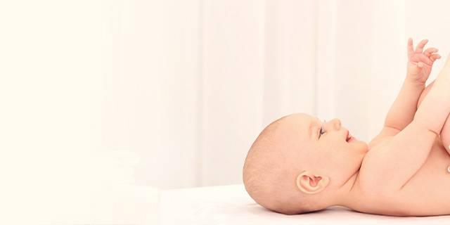 Когда ребенок начинает улыбаться – как не пропустить первое радостное событие