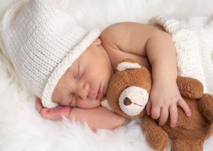 Укладываем спать новорождённого без стресса: 7 лучших способов