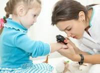 В каком возрасте у ребенка появляются родинки